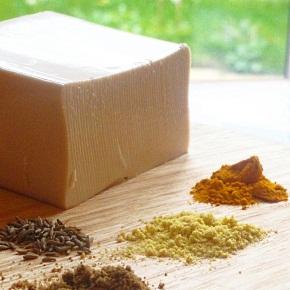 Scrambled Tofu with Edamame and Black Salt