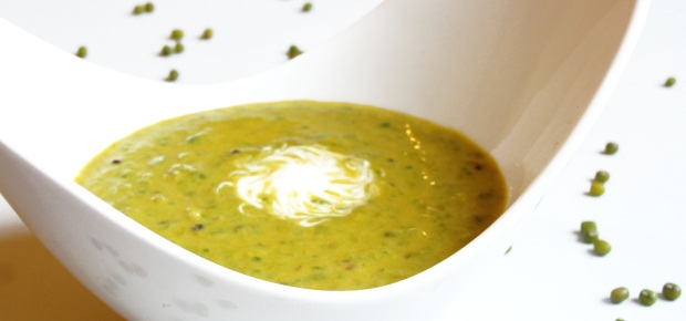 Secretly Decadent Spinach and Mung Bean Soup