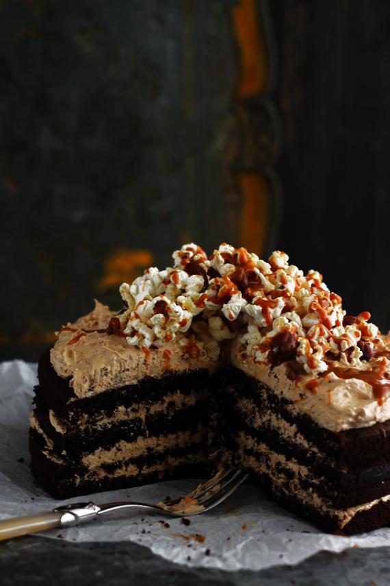 Darkest Ever Vegan Chocolate Cake with Biscoff and Chai-Spiced Buttercream 3