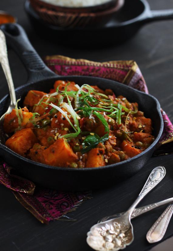 Potato and Pea Coconut Milk Curry (2)