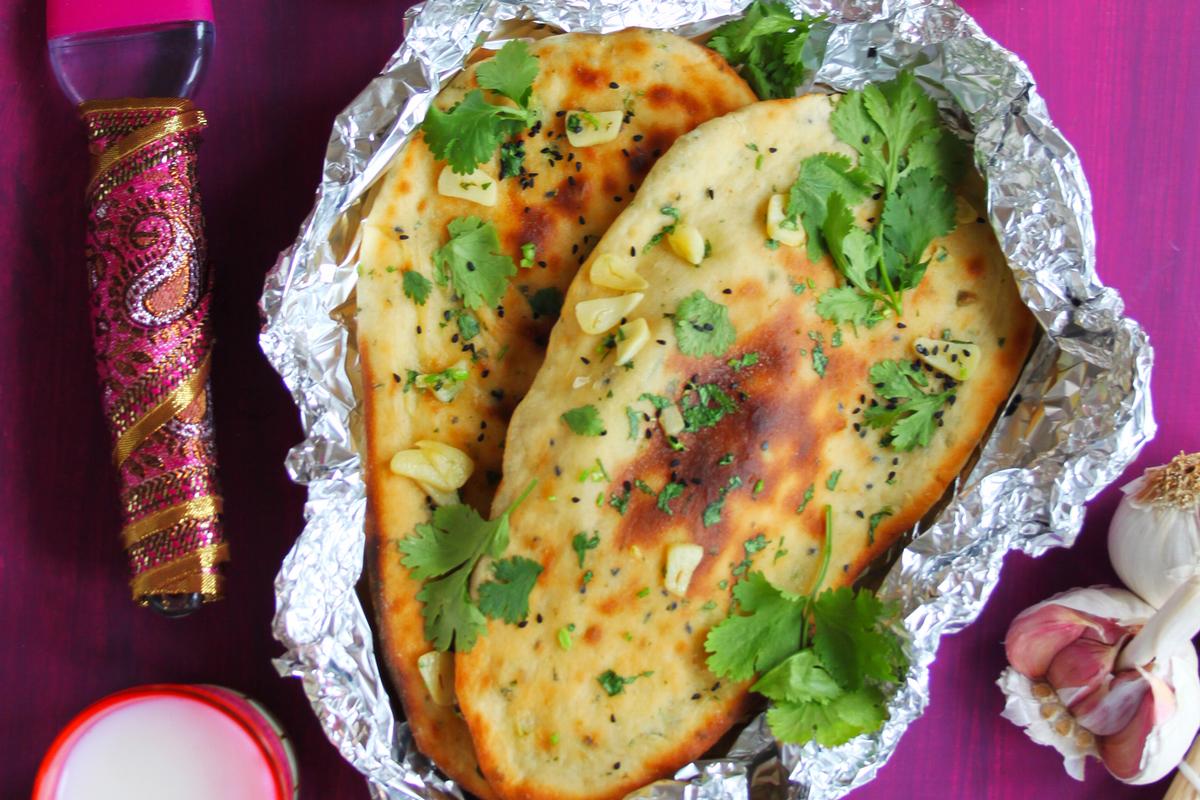 Garlic and Coriander Naan Large