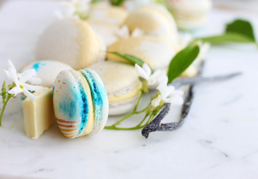 Eggless/Vegan Vanilla Jasmine Macarons