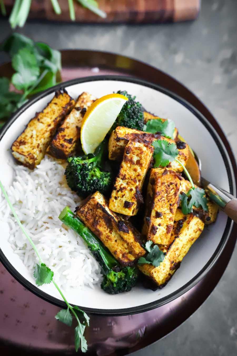 Easy Rendang Tofu & Broccoli Bowls