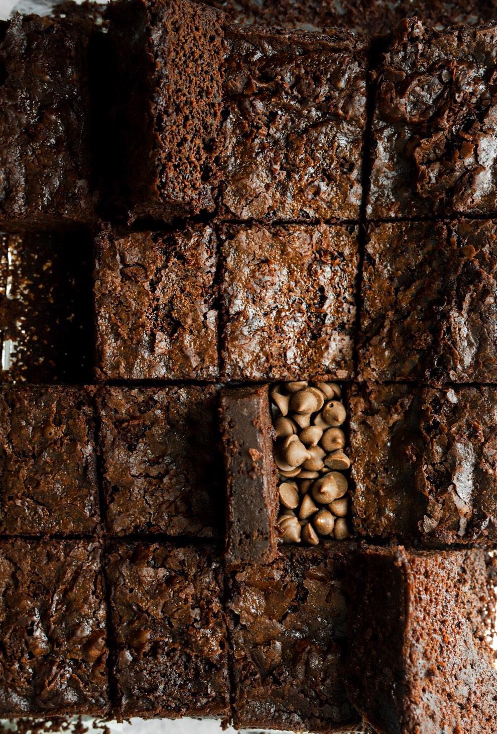 Vegan Crackled Midnight Brownies