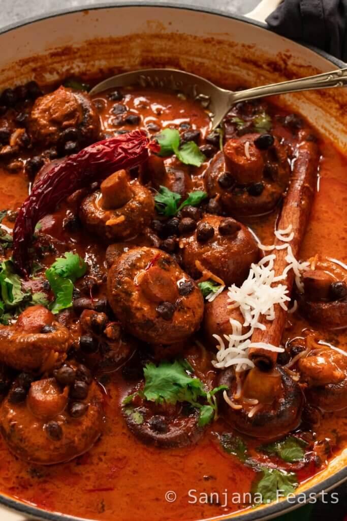 How to make Vegetarian Rogan Josh